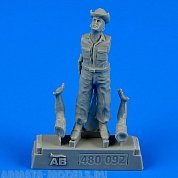 480092AERO  Фигура USAF Maintenance Crew - Farm Gate Operation Vietnam War 1965-1973 1/48
