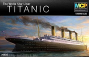 "14215 Лайнер  Titanic ""The White Star Liner"""