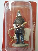 BOM058 Фигура Fireman with respiratory helmet, Berlin, Germany 1900, 1/32 Del Prado